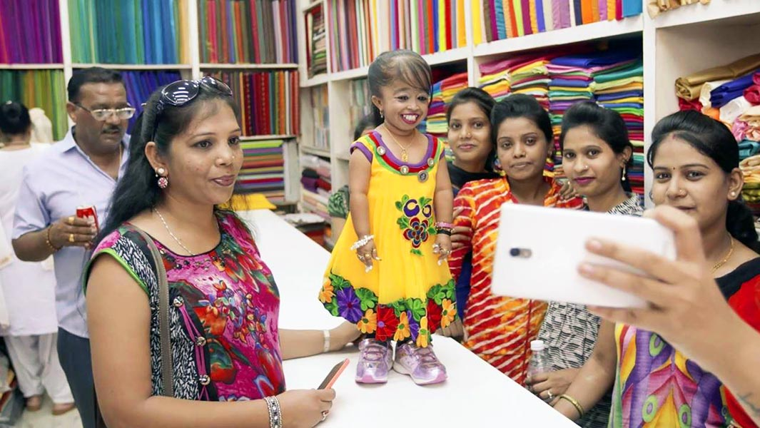 Video: Step into the life of Jyoti, the world's shortest woman