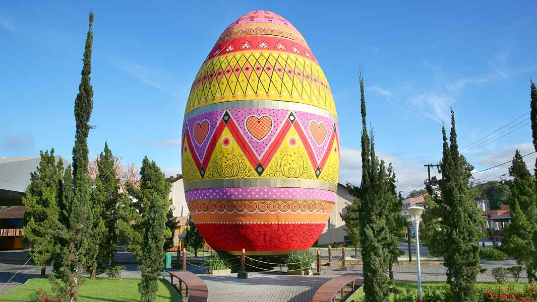Giant multicoloured Easter egg towers over Brazilian town
