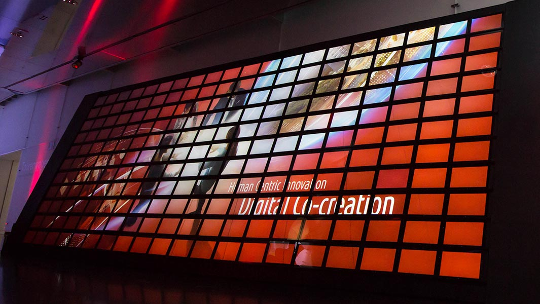 Fujitsu employees and customers co-create largest animated tablet computer mosaic