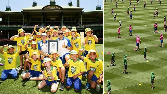 Aussie cricket team coach Darren Lehmann leads 488 kids in record-breaking lesson