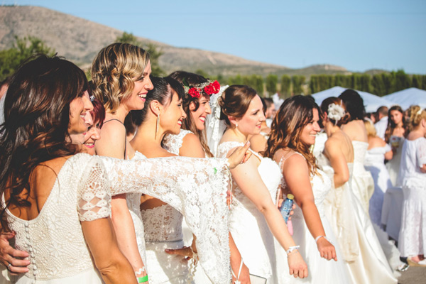 Largest-gathering-of-people-dressed-as-brides