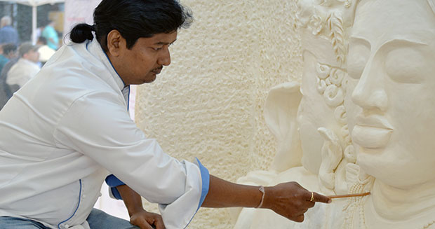 Indian Chef Makes Record Breaking Margarine Sculpture Of
