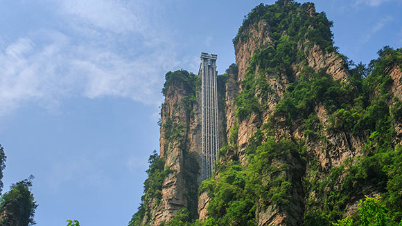 Breathtaking cliff face elevator in China recognised as