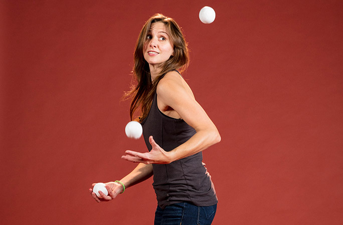 Taylor-Glenn-Most-juggling-tricks-in-one-minute.jpg