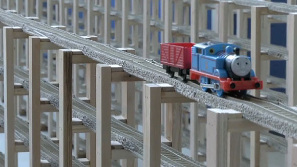 video watch thomas the tank engine arrive in time for