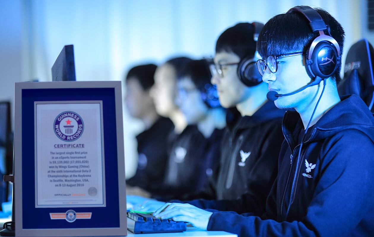 Chinese Dota 2 gaming team wins largest prize for an eSports