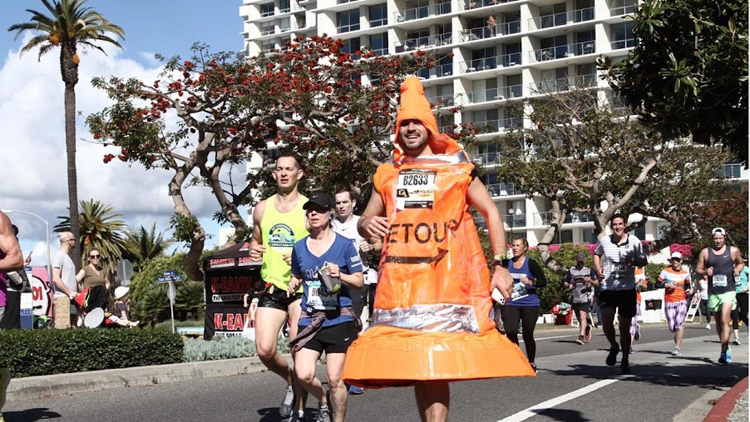 LA Marathon runner emerges record holder in trying to promote traffic safety