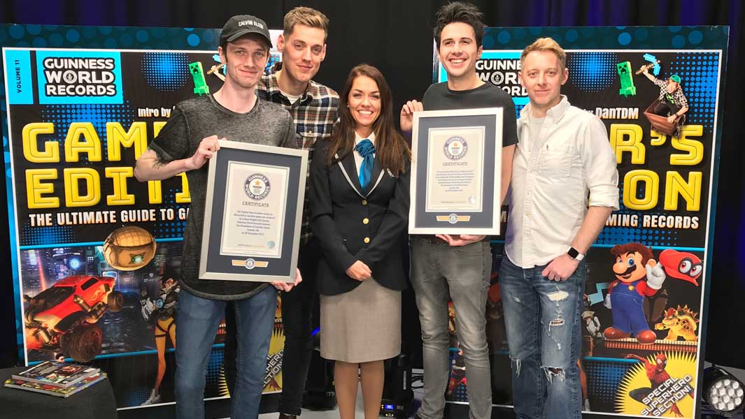 From left to right: SeaPeeKay, Sam Homewood, Adjudicator Louise, N60Sean and TommyT999 at the Gamer's Showdown