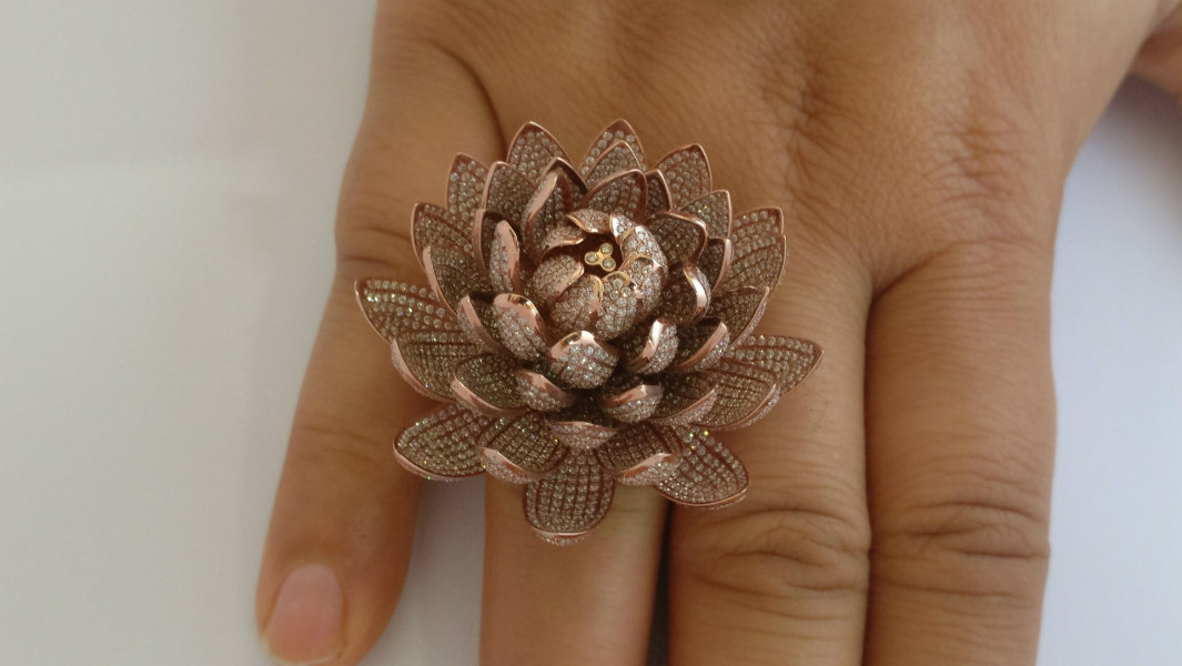 Indian jewellers set dazzling record with ring containing 6,690 diamonds