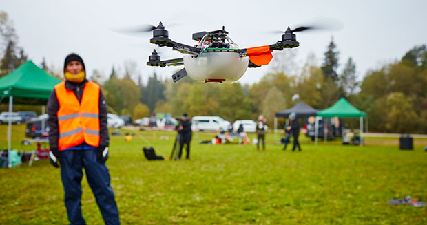 most-uavs-airborne-simultaneously-drone-2