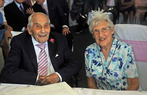 Oldest Couple to Marry Guinness World Records wedding 2