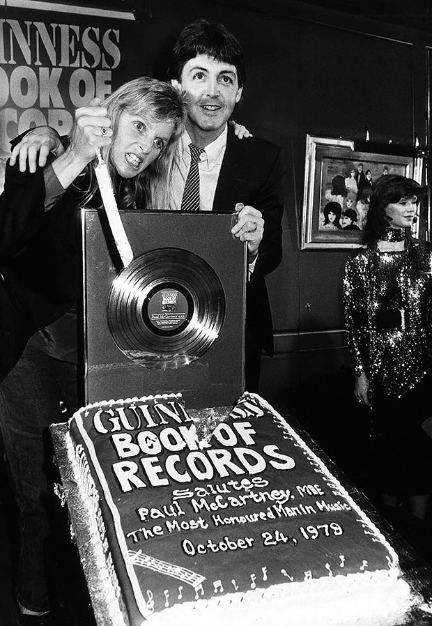 1979: Most Successful Songwriter | Guinness World Records
