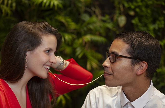 romantic-campaigns-italian-kiss-vapiano