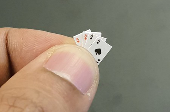 smallest pack of playing cards