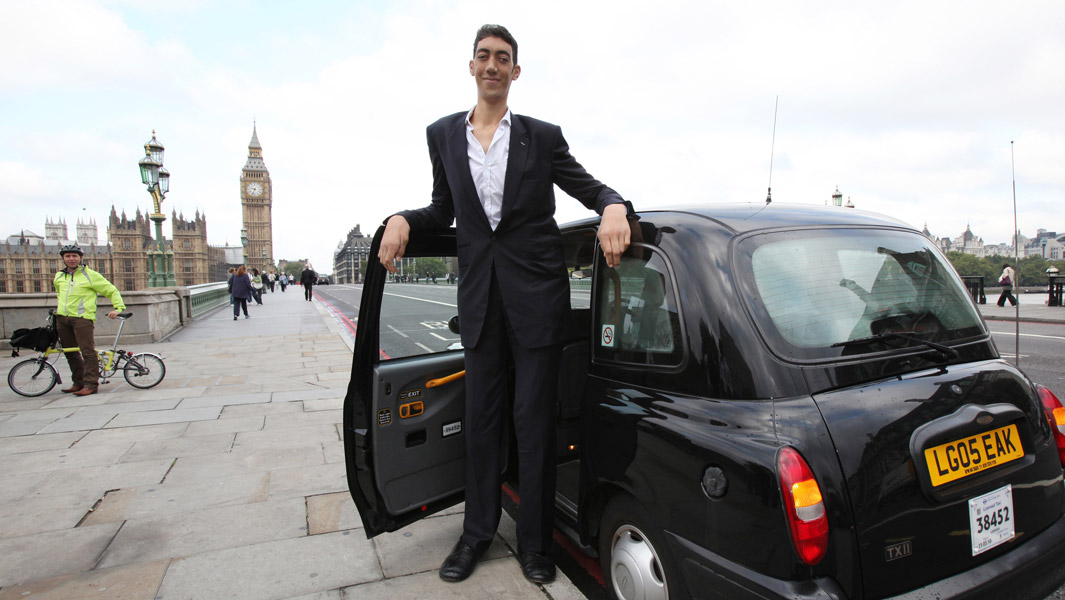Tales of the tallest men in the world and why they reach such heights