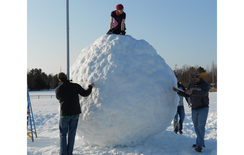 Largest snowball
