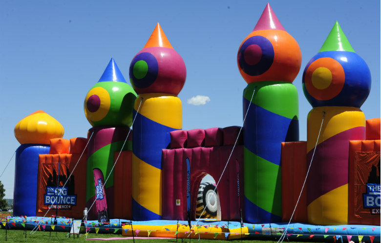 Largest inflatable (bouncy) castle