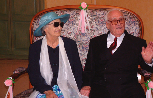 Oldest couple to marry - aggregate age