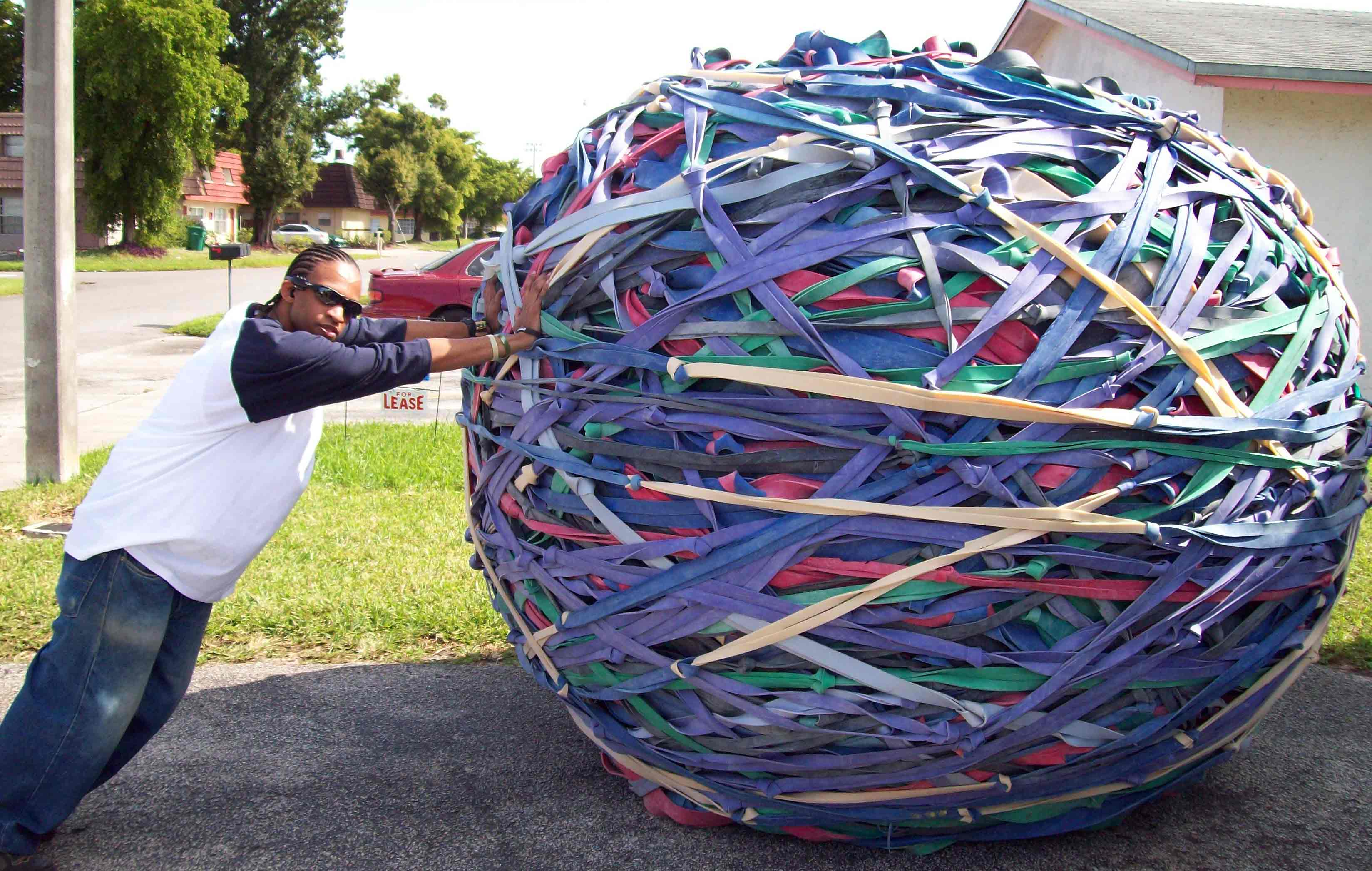 Largest rubber band ball