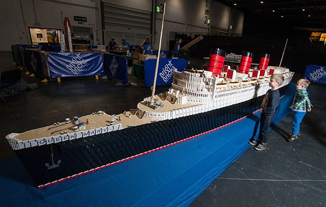 Largest LEGO ship
