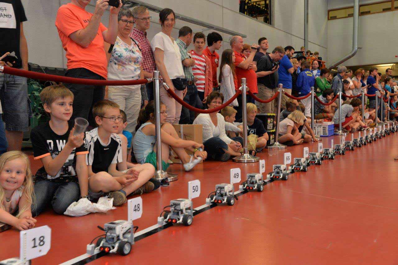 Largest parade of LEGO® Mindstorms robots