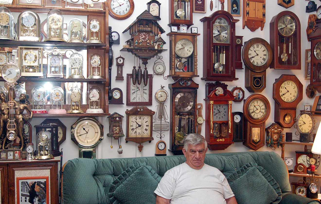 Largest collection of clocks