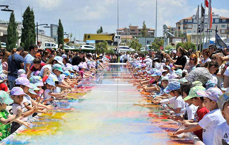 Largest fabric marbling painting