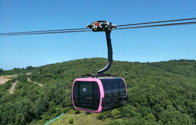Longest non-stop three-rope cable car