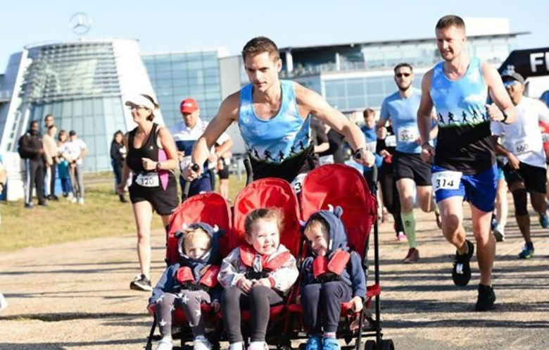 Fastest half marathon pushing a triple pram (male)
