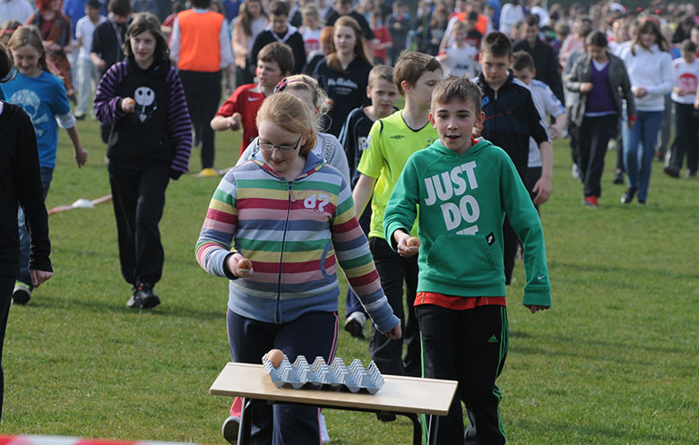 Largest egg and spoon race