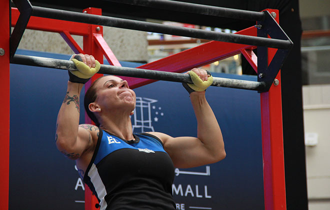 Most pull ups in 24 hours (female)